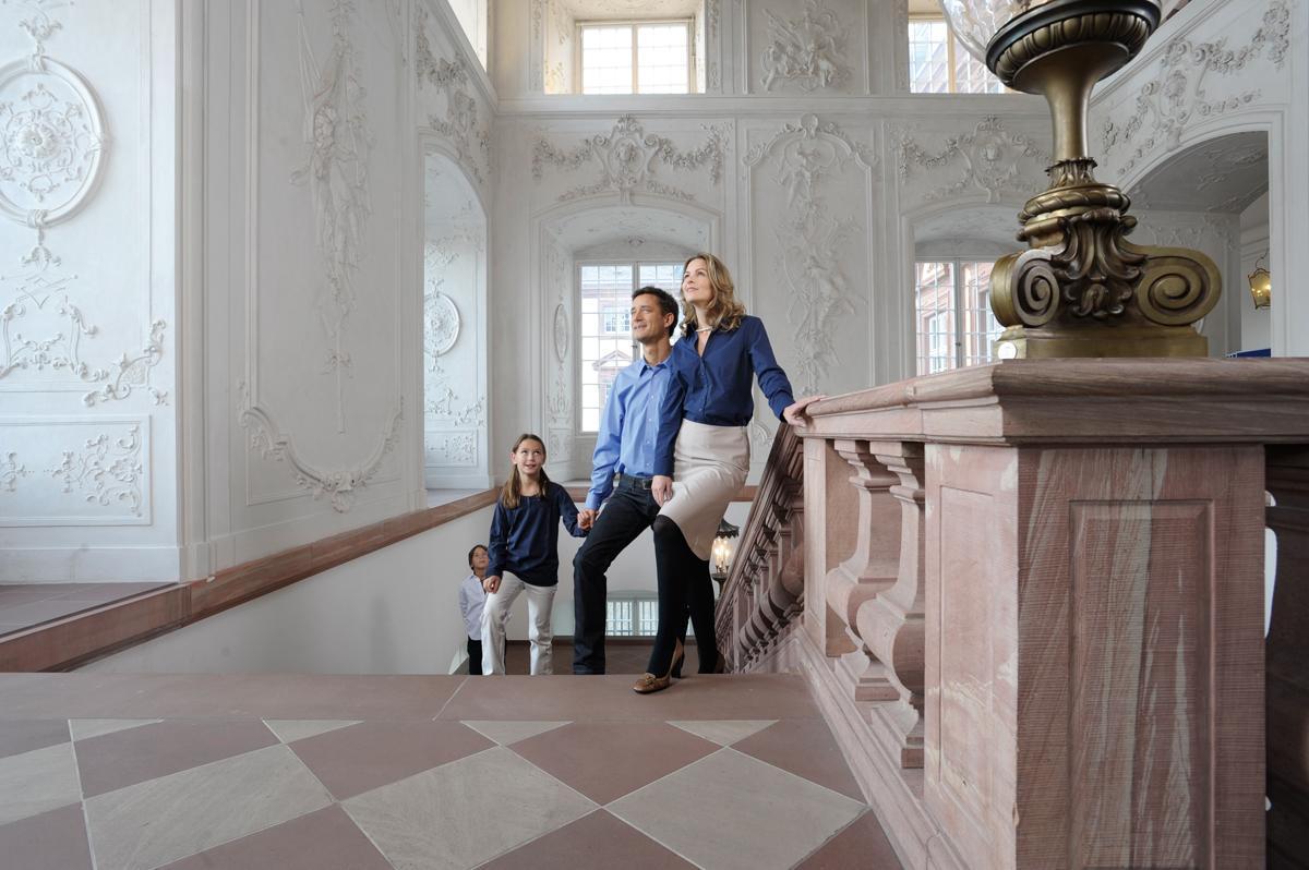Visitors to Mannheim Palace. Image: Staatliche Schlösser und Gärten Baden-Württemberg, Niels Schubert