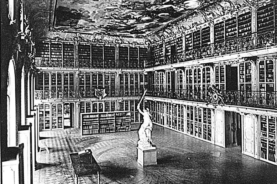 Hofbibliothek des Kurfürsten in Schloss Mannheim, historische Fotografie um 1897; Foto: Staatliche Schlösser und Gärten Baden-Württemberg, Hubert Hill