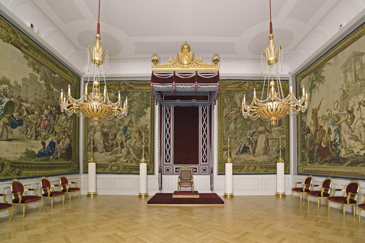 Throne room in the imperial apartment of Mannheim Palace. Image: Staatliche Schlösser und Gärten Baden-Württemberg, Arnim Weischer