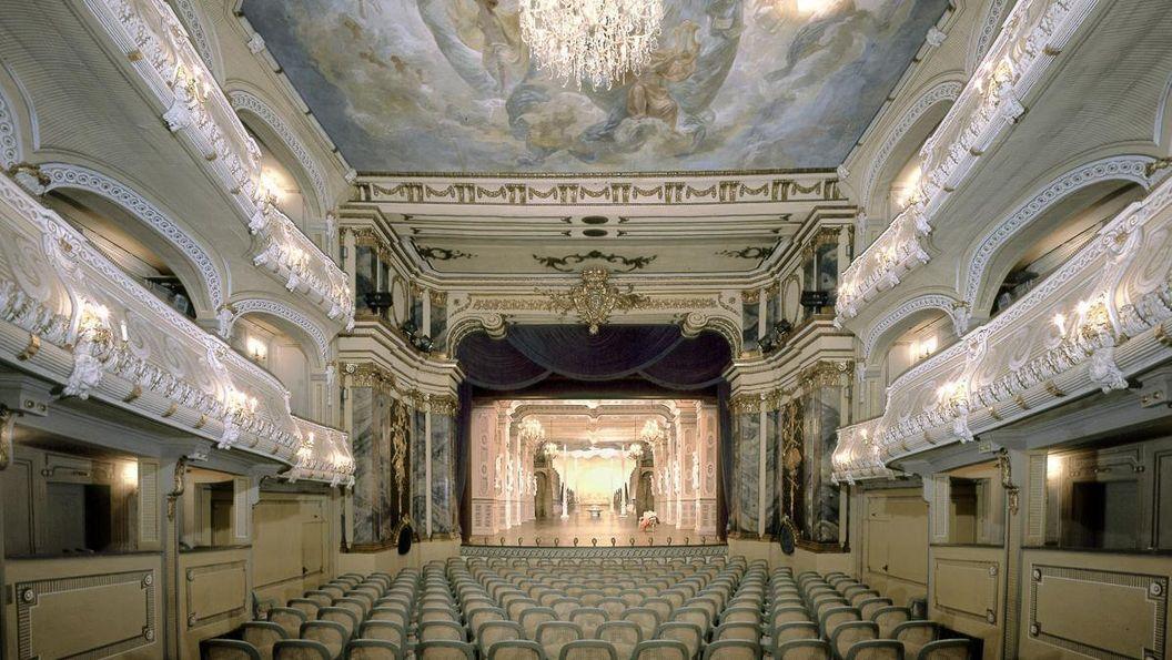 Schlosstheater des Schwetzinger Schlosses; Foto: Staatliche Schlösser und Gärten Baden-Württemberg, Steffen Hauswirth