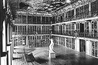 Royal library of the electress in Mannheim Palace, historical photograph circa 1897. Image: Staatliche Schlösser und Gärten Baden-Württemberg, Hubert Hill