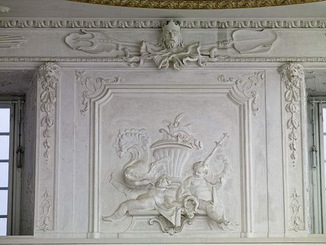 Mannheim Baroque Palace, Stucco relief by the staircase