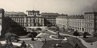 Historische Aufnahme vom Barockschloss Mannheim