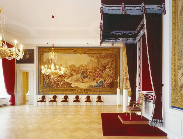 Mannheim Baroque Palace, Throne room
