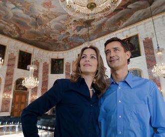 Besucher im Rittersaal von Schloss Mannheim