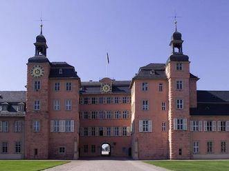 Ansicht von Schloss Schwetzingen mit Blitzableiter