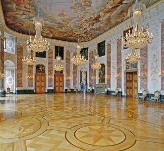 The Knights' Hall in Mannheim Baroque Palace. Image: Staatliche Schlösser und Gärten Baden-Württemberg, Arnim Weischer