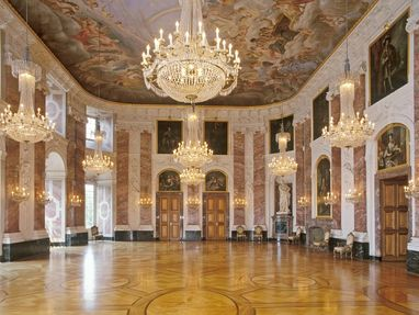 Barockschloss Mannheim, Rittersaal im Schloss