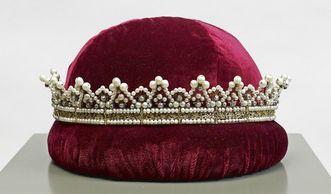 Diadem of Grand Duchess Stéphanie, early 19th century, part of the coronation insignia (crown jewels) of Stéphanie (born Beauharnais, 1789–1860). Image: Staatliche Schlösser und Gärten Baden-Württemberg, Arnim Weischer