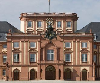 Exterior view of Mannheim Palace. Image: Staatliche Schlösser und Gärten Baden-Württemberg, Christoph Hermann