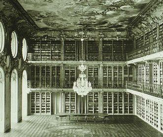 Bibliothèque du château de Mannheim, cliché historique d'avant 1945